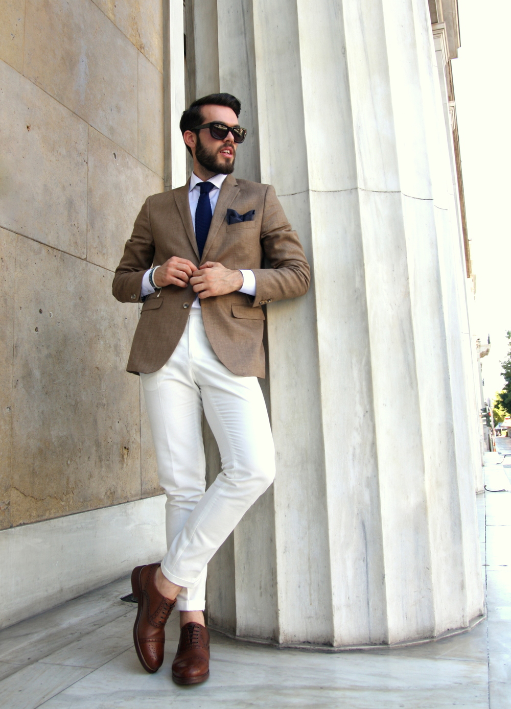 Jacket: H&M Shirt: Brooks Brothers Tie: COS Pants: Brooks Brothers Shoes: Massimo Dutti Sunglasses: Dolce & Gabbana