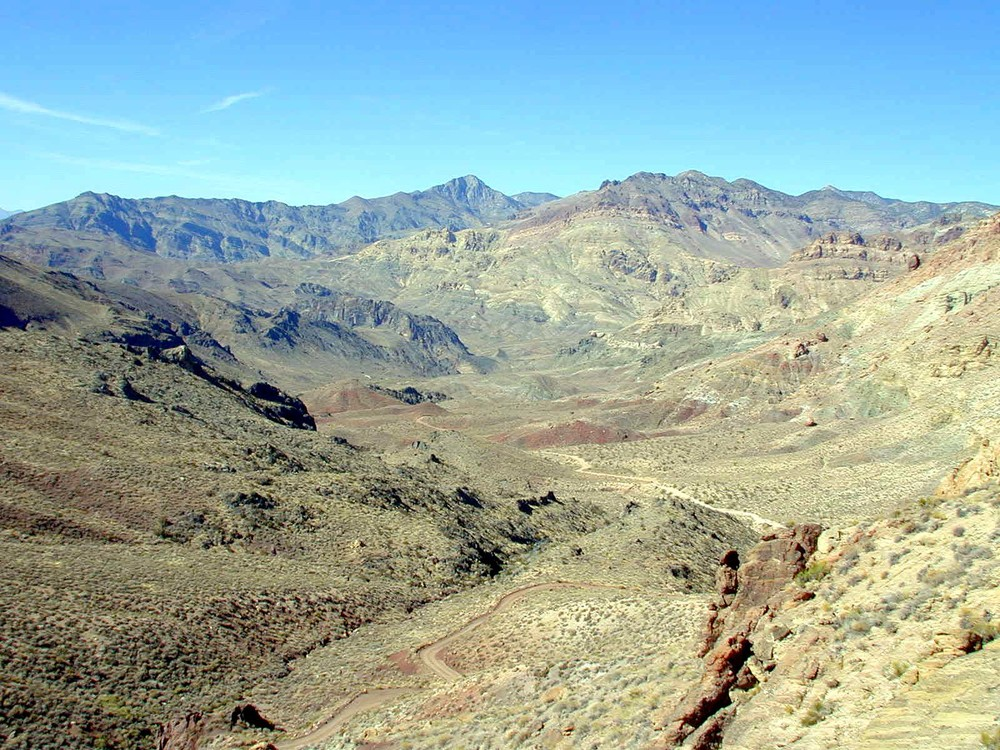 The view from Red Pass toward the direction of Leadfield and Death Valley