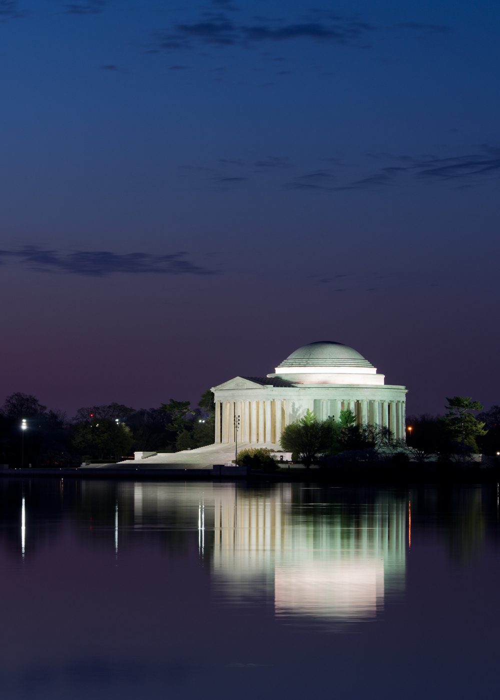 Jefferson Memorial, April Morning