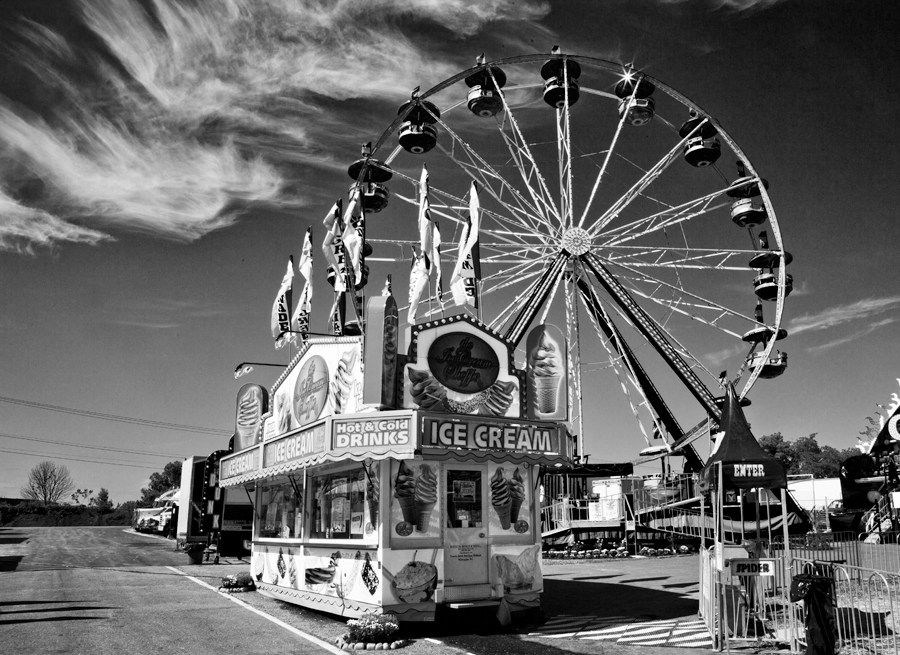 120812-Midway-Early-063-as-Smart-Object-1-bw.jpg