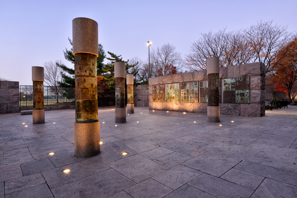 Roosevelt Memorial, December Morning