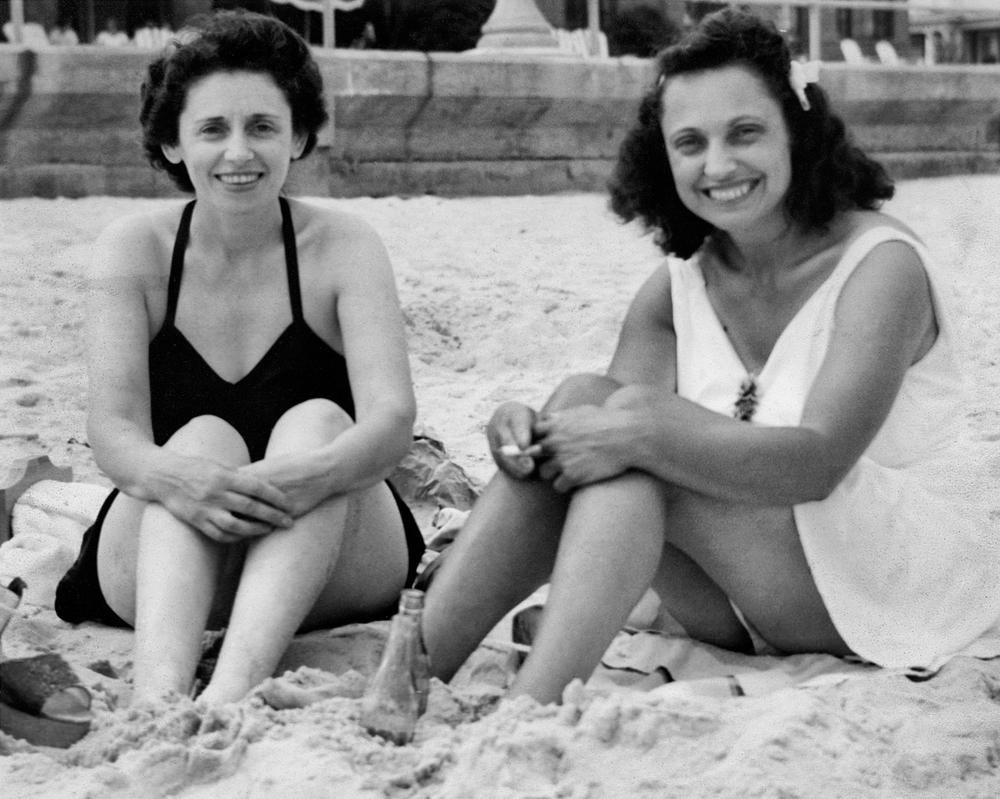Sylvia and Kathryn at Atlantic City