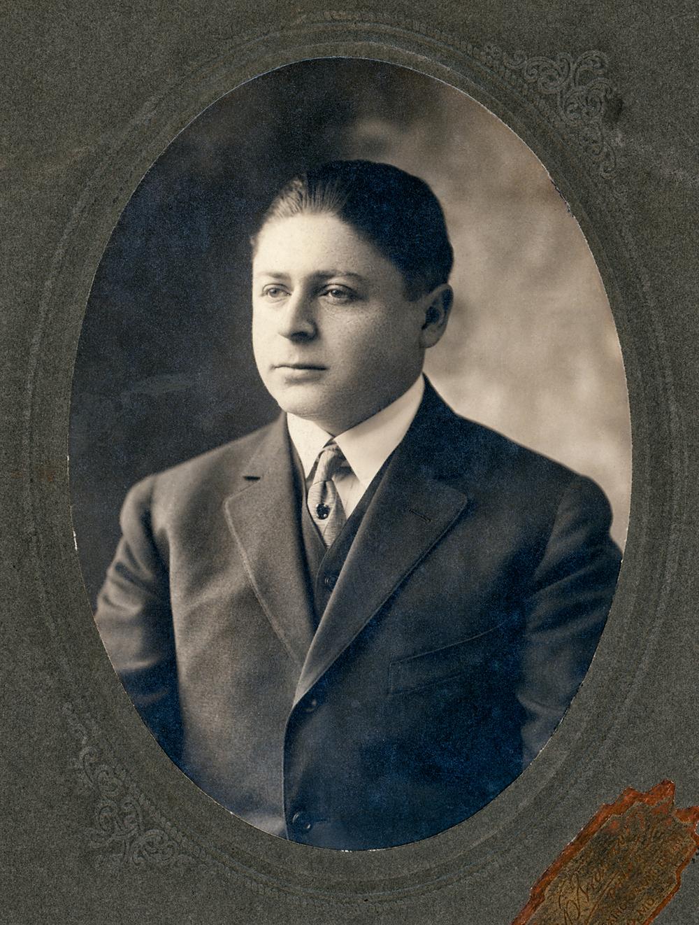 Morris Lazarus
