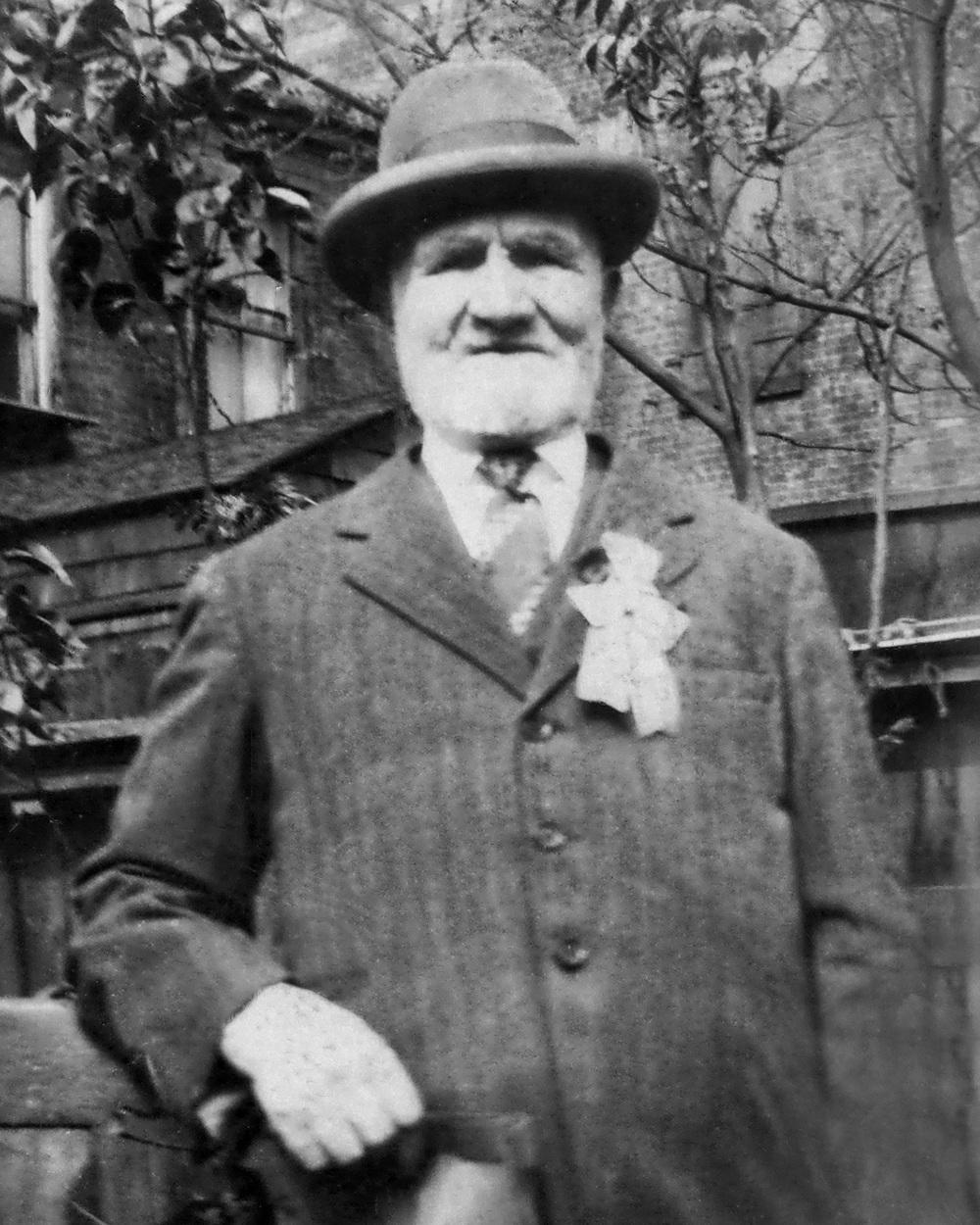 Abe Richolson