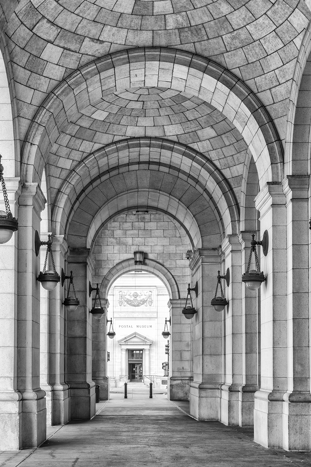 160924 Union Station 06-1 bw.jpg