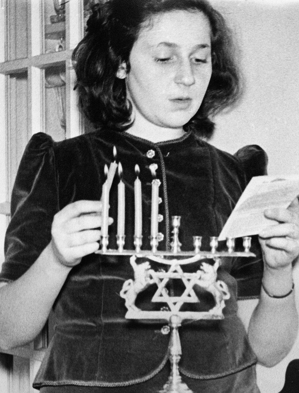 Adalman - Anne at Haunkkah.jpg