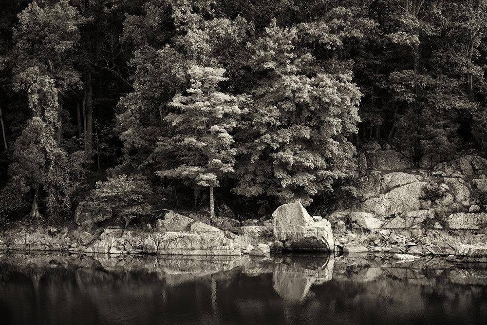 180903 Canal Hike 008-1 bw.jpg