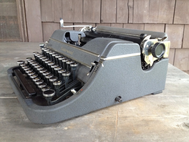 1939 Underwood Universal F-Model
