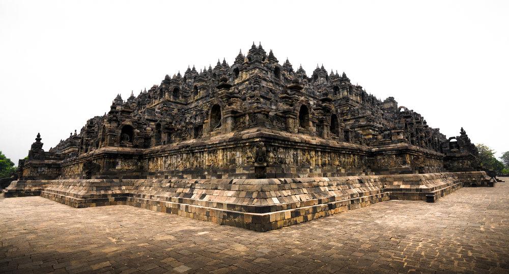 Indonesia Borobudur Temple 16mm F6.3 1-250sec ISO320 Gregg Jaden-2.jpg