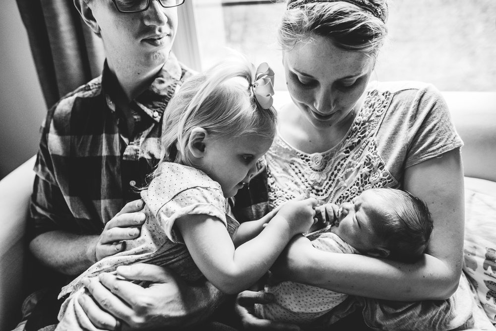 lifestyle newborn photographer in austin angela doran-20.jpg