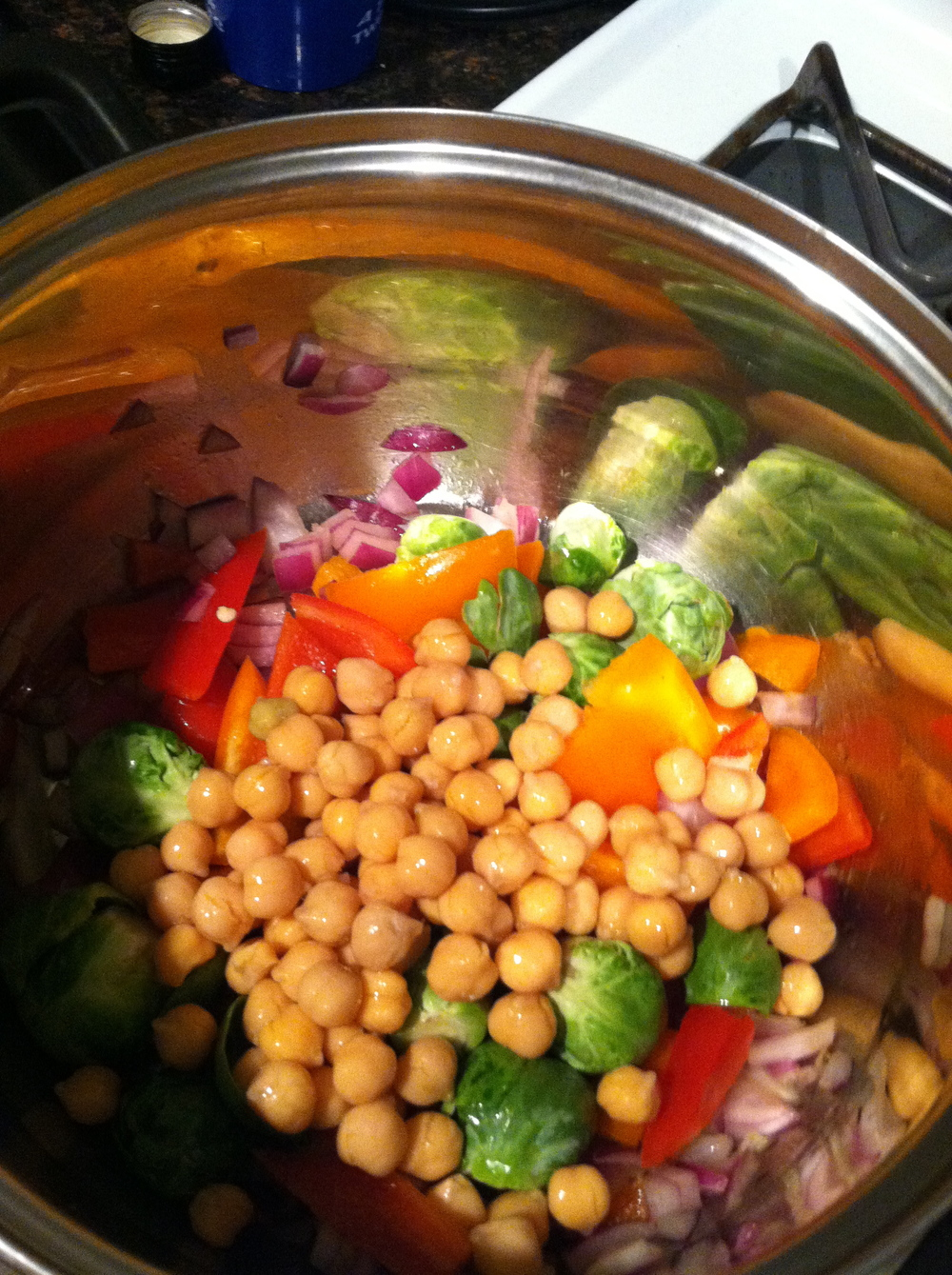 veggie and chickpeas mixed