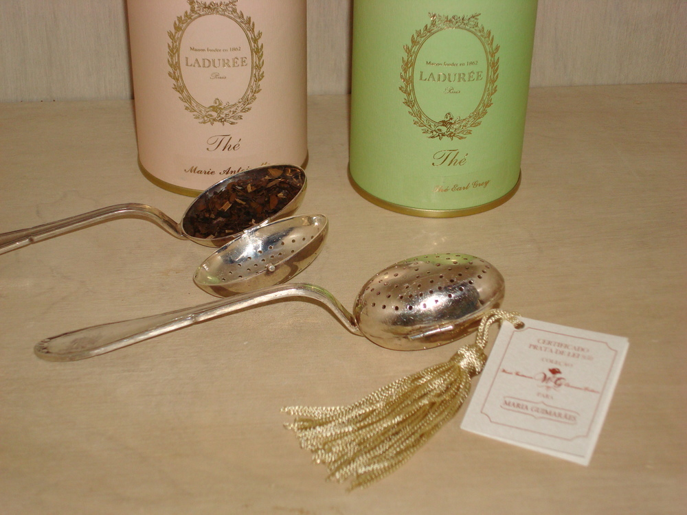 Colherzinha para Chá em Prata de Lei 950: R$850,00