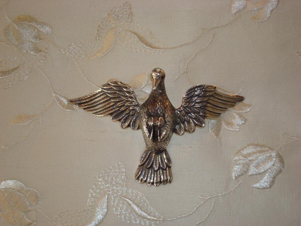Divino Espírito Santo em Prata de Lei 950: R$1.800,00