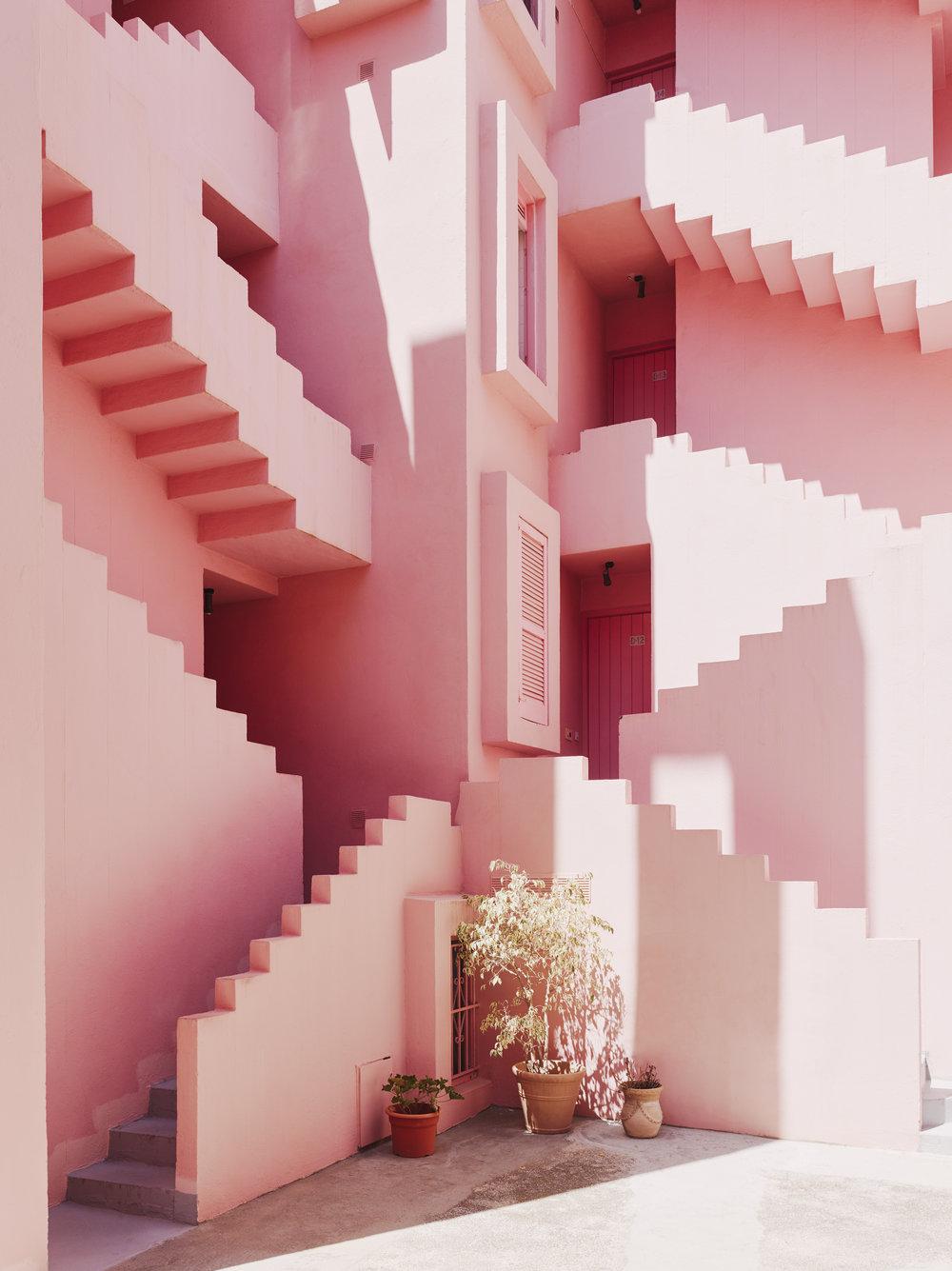 Muralla_Roja_Calpe_Spain_Ricardo_Bofill_Taller_Arquitectura_008.jpg