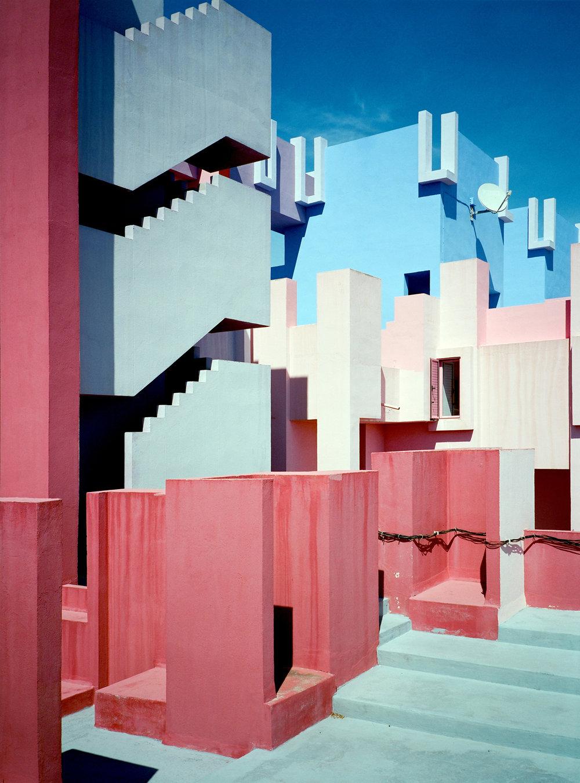 Muralla_Roja_Calpe_Spain_Ricardo_Bofill_Taller_Arquitectura_19e.jpg