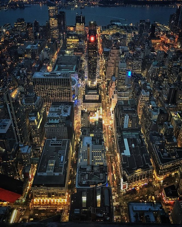 #citykillerz #nycprimeshot #streetdreamsmag #artofvisuals #heatercentral #urbanandstreet #way2ill #justgoshoot #instamagazine_ #moodygrams #instagoodmyphoto  #urbanromantix #newyork_instagram #streetmobs #illgrammers #agameoftones #visualsgang #weareoriginators #shoot2kill #hsdailyfeature #killeverygram #huffpostgram #createyourhype #exklusive_shot #highsnobiety #meistershots #mkexplore #NYC #usaprimeshot #activeshutter