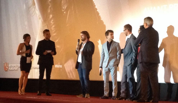 horns-movie-french-premiere-joey-mcfarland-daniel-radcliffe.png