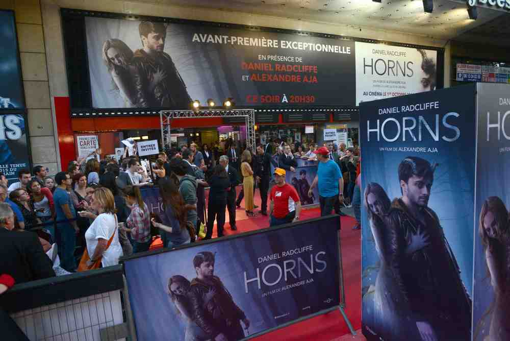 horns-french-premiere-red-carpet-red-granite-pictures.jpg