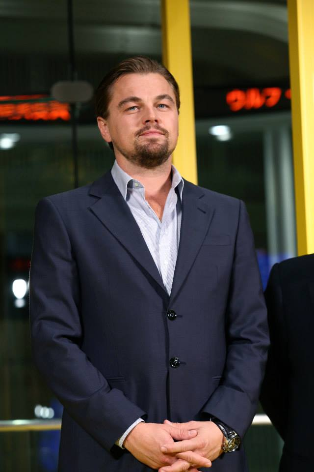 leonardo-dicaprio-posting-at-the-japanese-wolf-of-wall-street-movie-premiere-red-granite-international-red-granite-pictures.jpg
