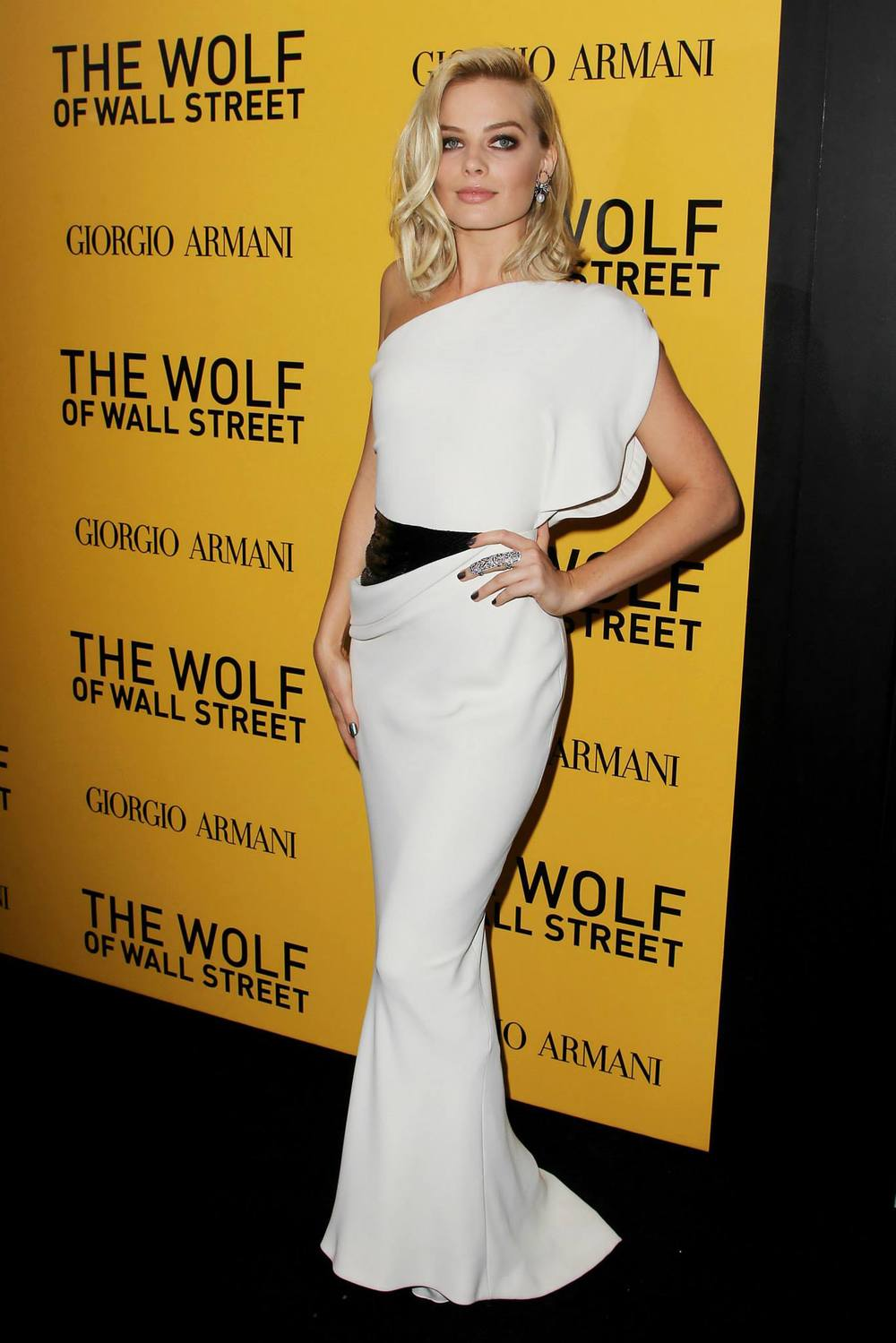 red-carpet-margot-robbie-at-the-new-york-city-premiere-of-the-wolf-of-wall-street-red-granite-pictures-red-granite-international.jpg