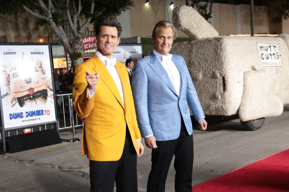 Jim-Carrey-Jeff-Daniels-Dumb-and-Dumber-To-LA-Premiere-Red-Granite-Pictures-Dumb-To-11.03.14-5.jpg