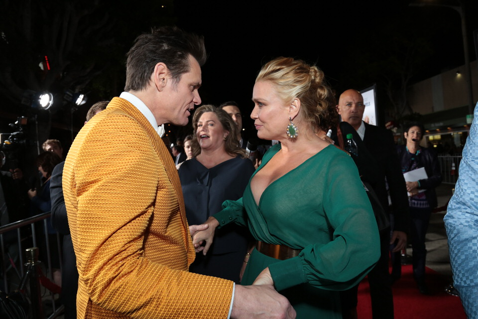 Jim-Carrey-Laurie-Holden-Dumb-and-Dumber-To-LA-Premiere-Red-Granite-Pictures-Dumb-To-11.03.14-64.jpg