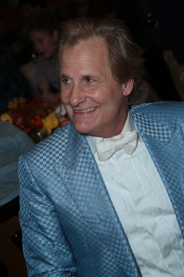 Jeff-Daniels-Dumb-and-Dumber-To-LA-Premiere-Red-Granite-Pictures-Dumb-To-11.03.14-114.jpg