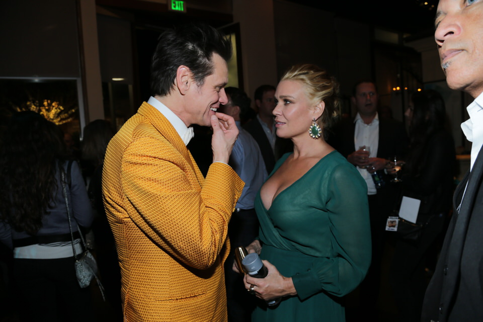 Jim-Carrey-Laurie-Holden-Dumb-and-Dumber-To-LA-Premiere-Red-Granite-Pictures-Dumb-To-11.03.14-116.jpg
