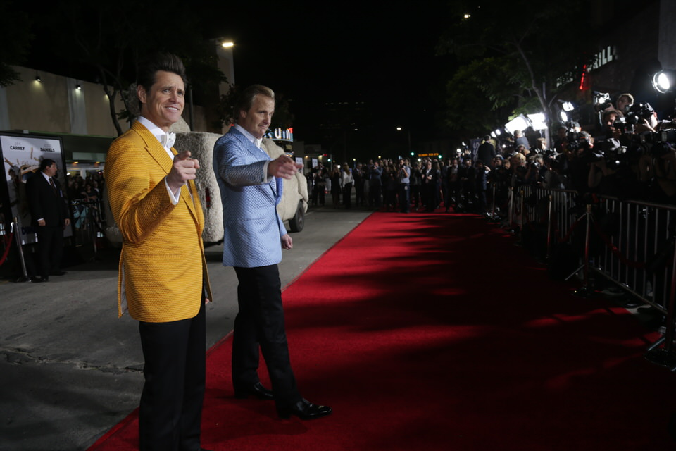 Jim-Carrey-Jeff-Daniels-Dumb-and-Dumber-To-LA-Premiere-Red-Granite-Pictures-Dumb-To-11.03.14-147.JPG