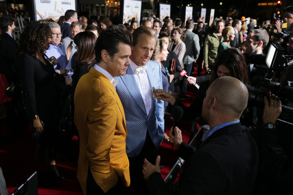 Jim-Carrey-Dumb-and-Dumber-To-LA-Premiere-Red-Granite-Pictures-Dumb-To-11.03.14-163.JPG