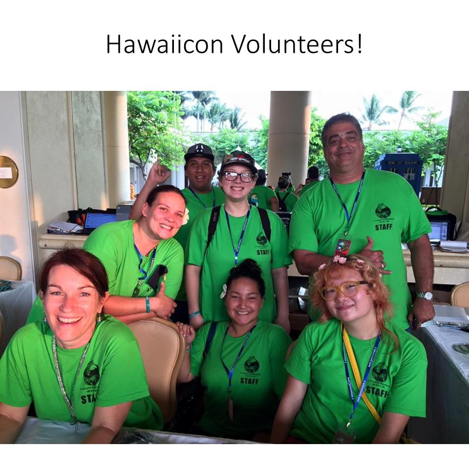 hawaiicon volunteers.jpg