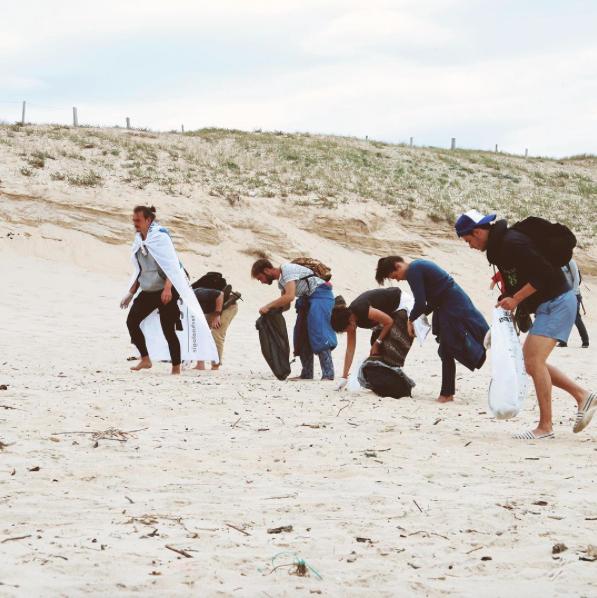 Beach clean up (Instagram Mud Jeans).png