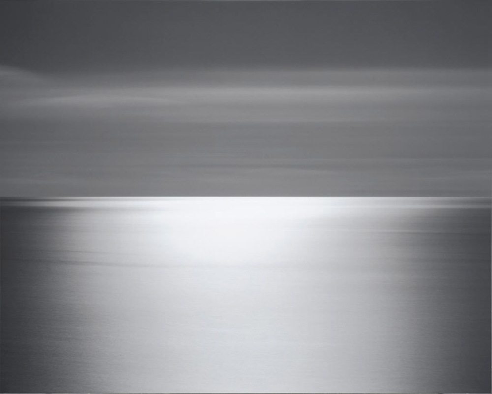 Hiroshi Sugimoto's minimalism photography