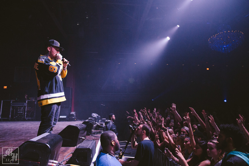 macmiller_earth_christmasDec12-60.jpg