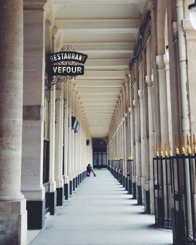 Perspective, around the Jardins du Palais Royal