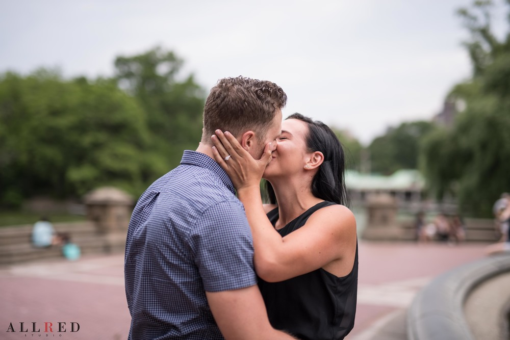 Suprise-Proposal-wedding-new-york-allred-studio-destination-wedding-photographer-new-jersey-hudson-valley-central-park-0209.jpg