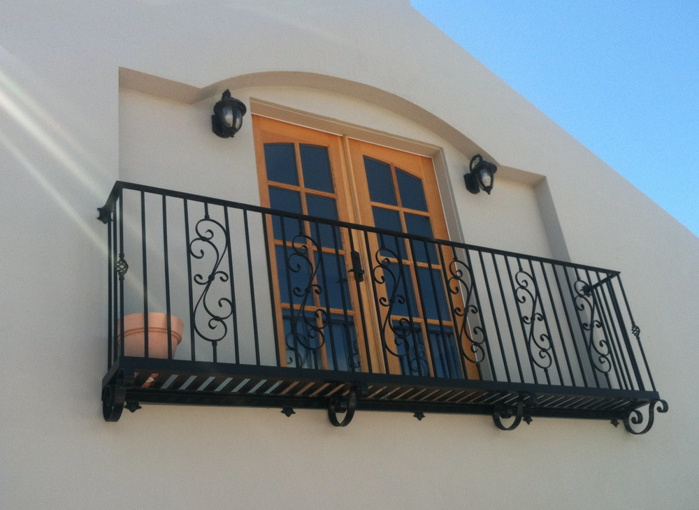 traditional juliet balcony