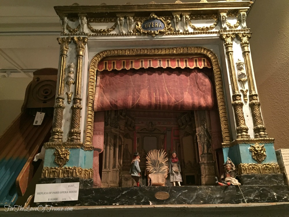 Replica of the Paris Opera with Marionettes