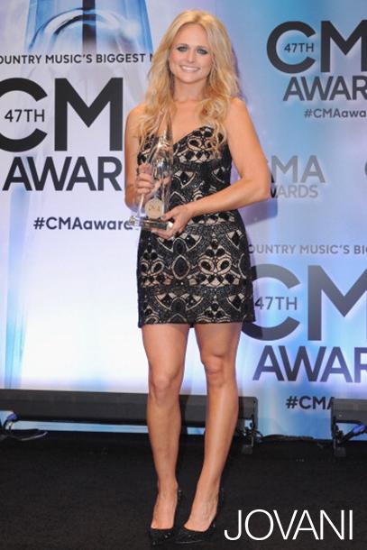 Miranda-Lambert-cma-2013-awards-jovani.jpg