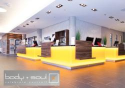 www.bodyandsoul.ag  body + soul mit 8 exklusiven Studios in München(Nord, Trudering, Mitte, Solln, West, Engl. Garten, Brunnthal)