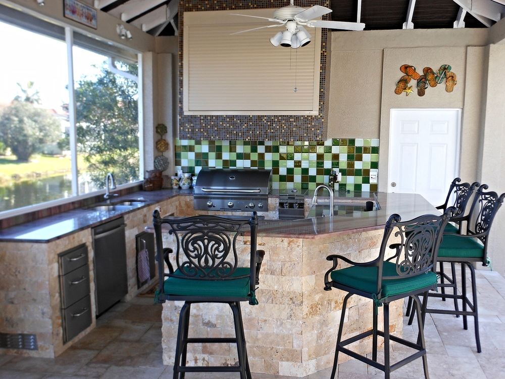 September-2014-outdoor-kitchen-of-the-month3.jpg