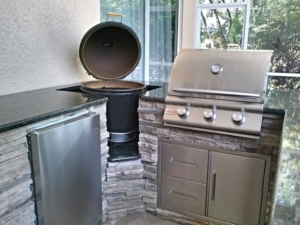 Clark Outdoor Kitchen & Water Feature - Appliances