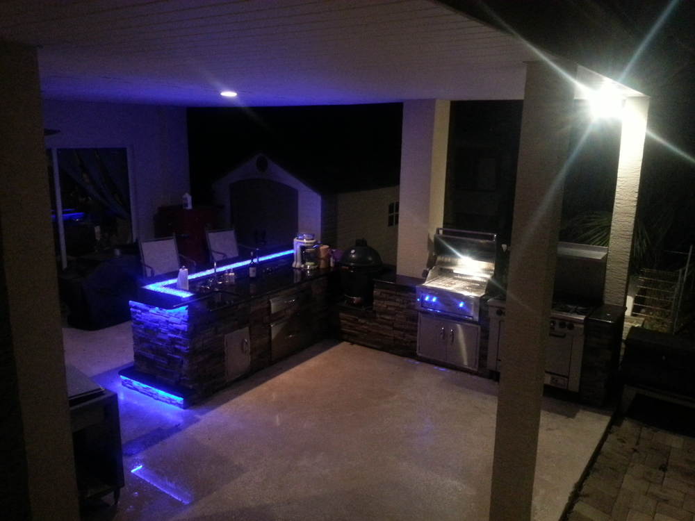 Outdoor Kitchens With Led Lighting 36 Photos Premier Outdoor