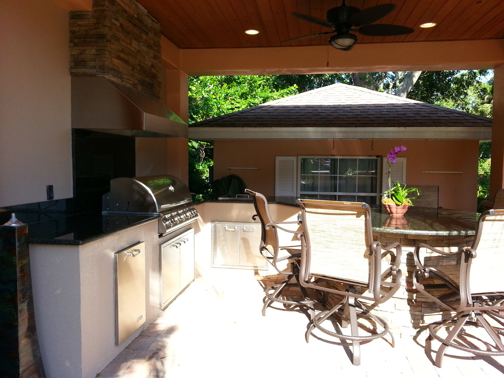 3 Outdoor Kitchens That Redefine Outdoor Living - Premier ... on Ab And Outdoor Living id=92845