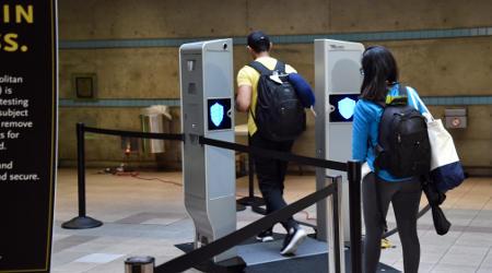 081817-LA-Metro-Evolv-passenger-screening-system.jpg