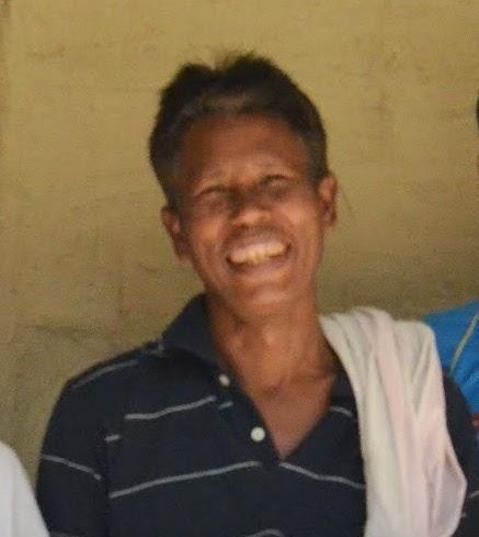 Dwijen Das, Jituparna and Kanchan (wife), Tamul Plates, Patna Village.JPG