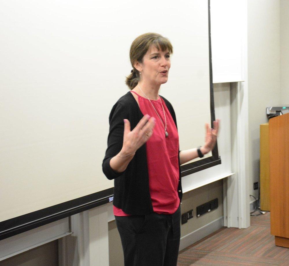 Kate Cochran, Upaya