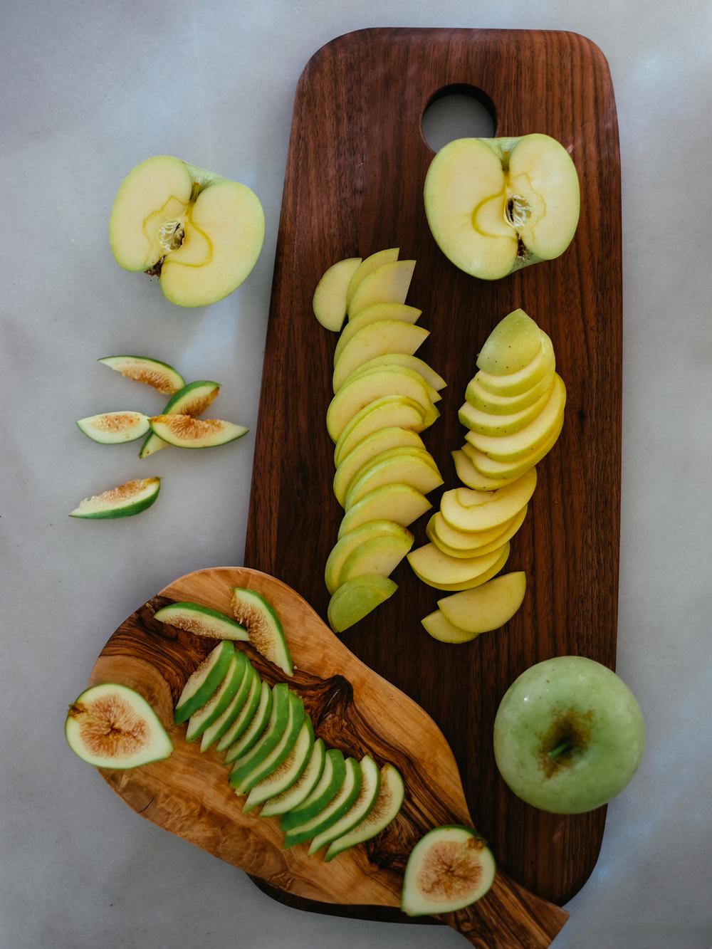 Spiced-Apple-Fig-Financiers-2.jpg