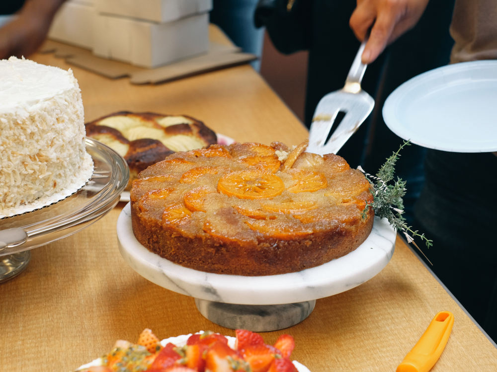 Persimmon-Thyme-Upside-Down-Cake-13.jpg