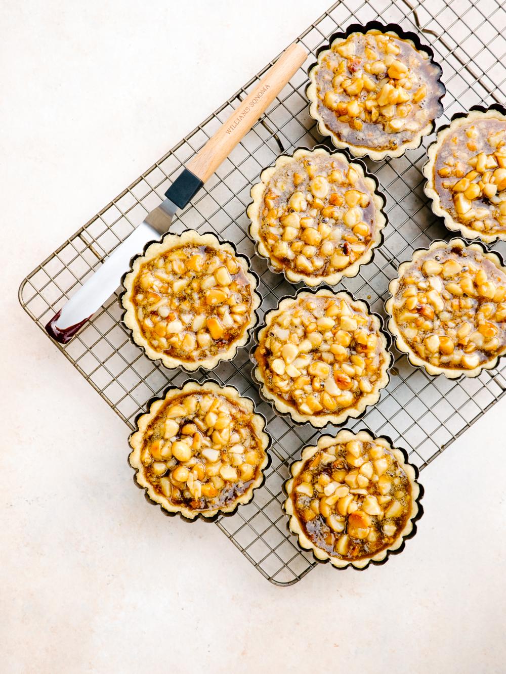 Dark Chocolate Macadamia Nut Tartlets — Fix Feast Flair